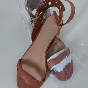 Ladies summer sandals size 9